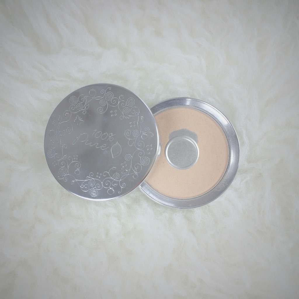 100 percent pure pressed powder foundation in creme